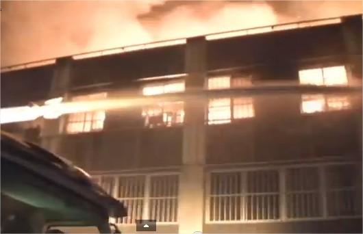 Grand-marché de Lomé en flammes. pompier je t'ai soutenu et je te soutiendrai